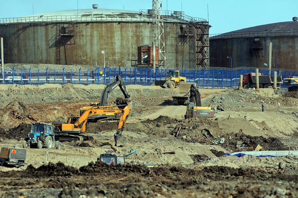Выемка и вывоз грунта на территории, прилегающей к ТЭЦ-3