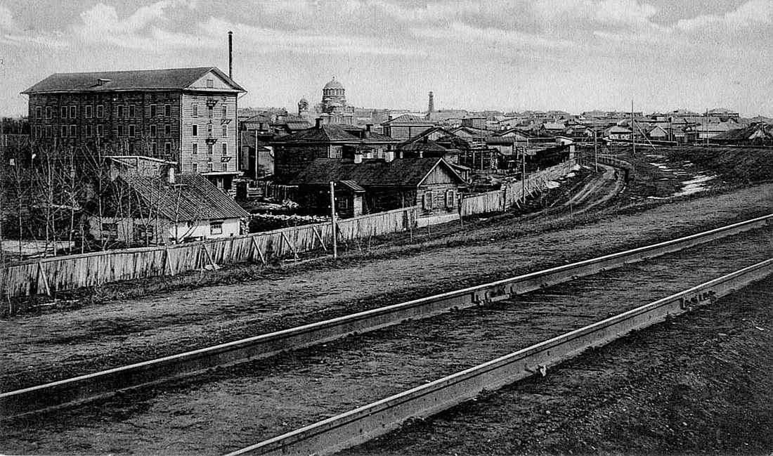 Ново-Николаевск и железная дорога