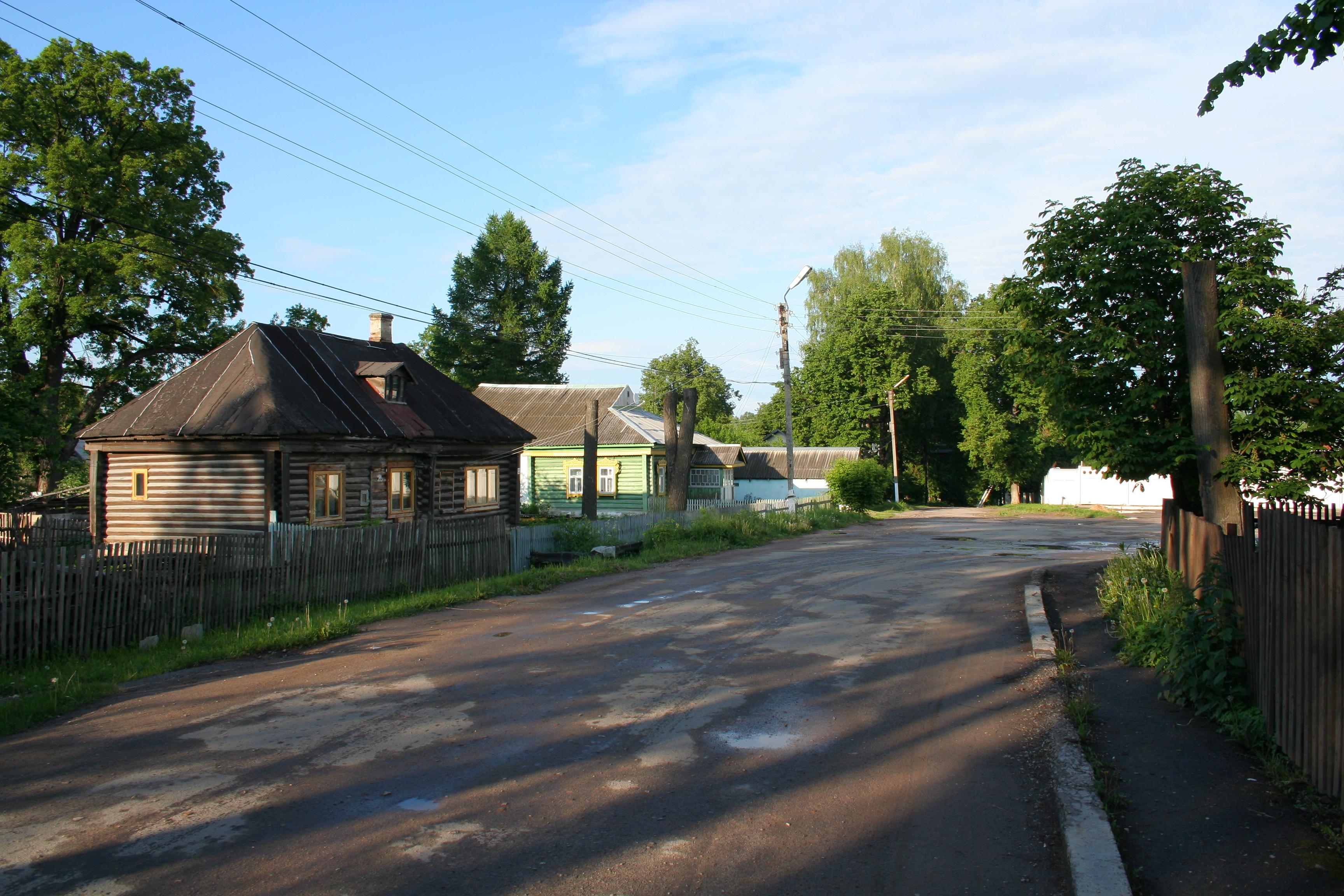 На улице Норильской в Кондрово расположены частные дома