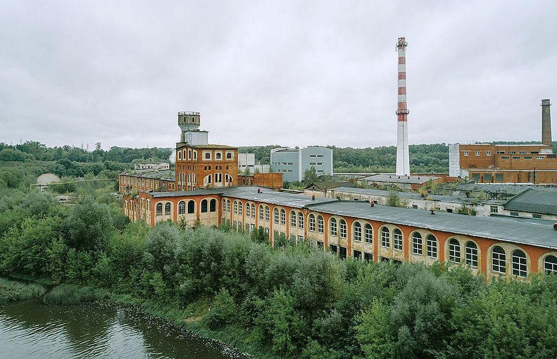 Старое здание бумажной фабрики