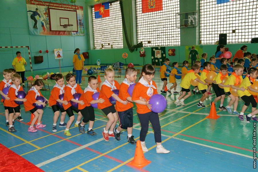 Воспитанники дудинских детсадов отметили День защиты детей спортивным праздником