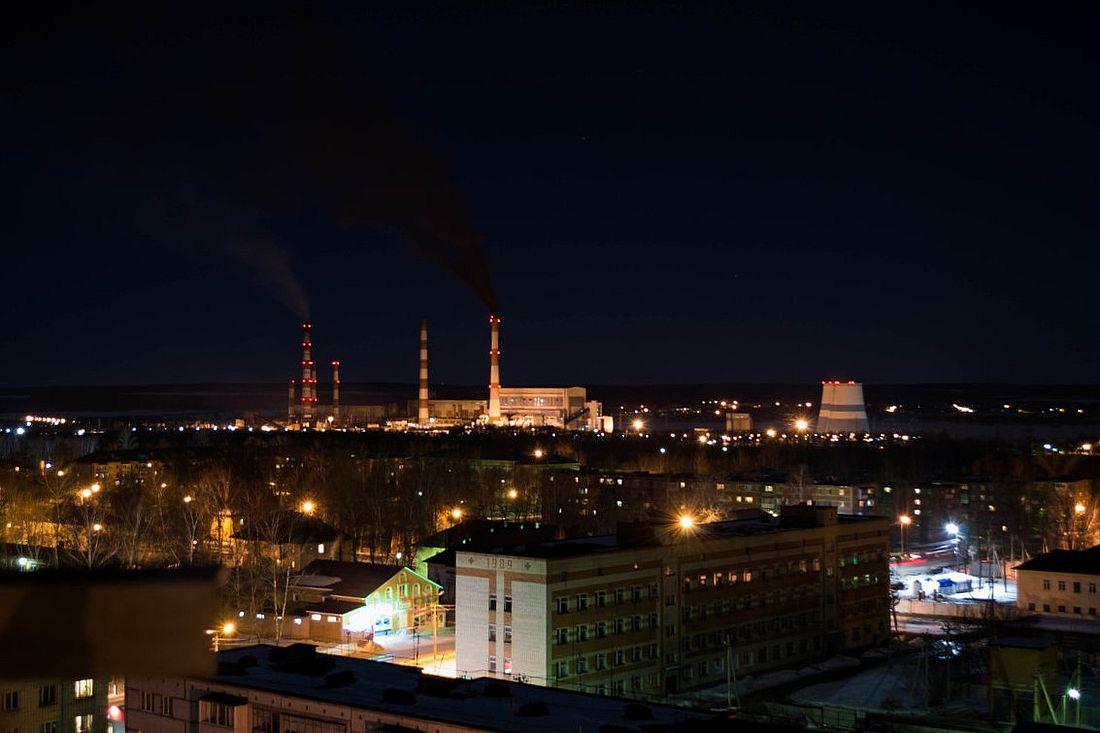 Сейчас промышленность в Артеме представлена несколькими крупными предприятиями, среди которых «Михайловский Бройлер», «Артемовский хлебокомбинат», молокозавод «Артемовский», Дробильно-сортировочный завод, Артемовский завод ЖБИ