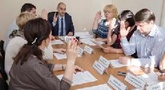 Члены таймырского избиркома официально признали избранными депутатами краевого Заксобрания Валерия Вэнго и Николая Фокина