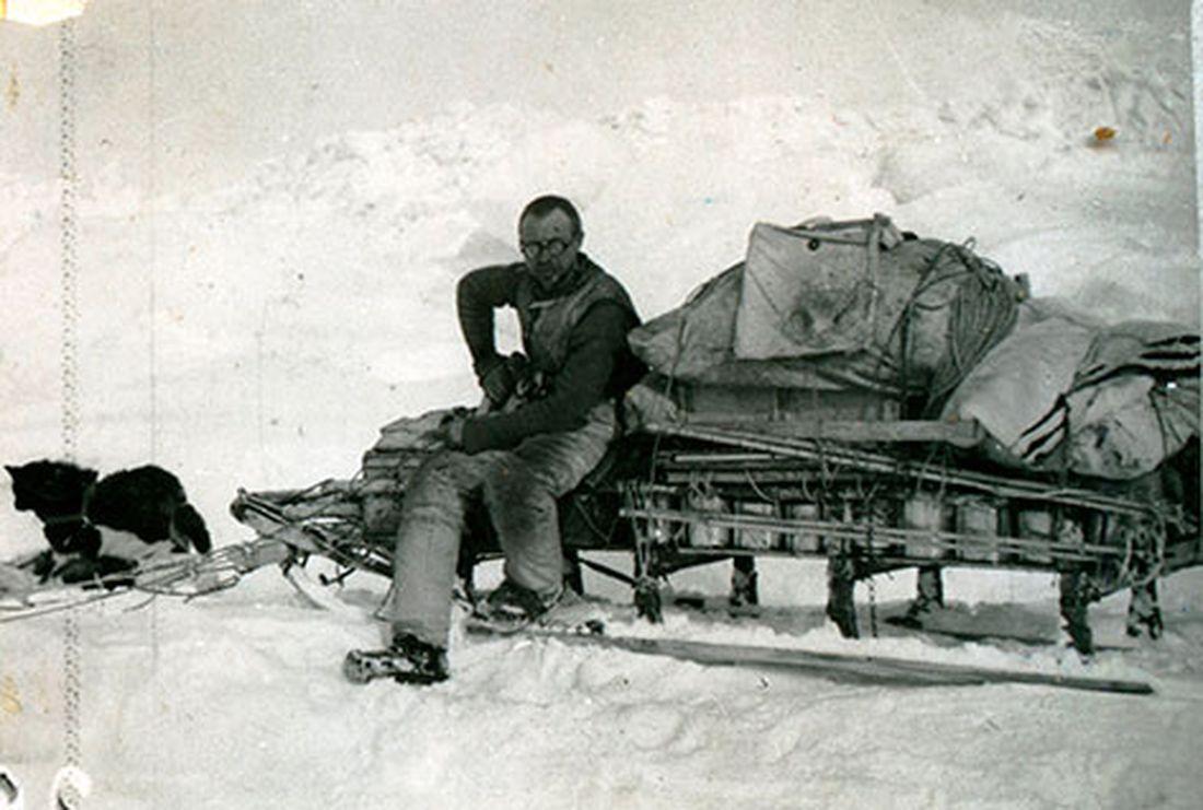 Николай Урванцев на привале во время одной из геологических экспедиций на Таймыр