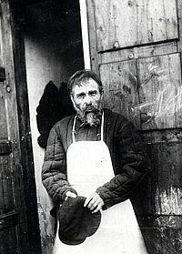 Павел Коркин в спектакле «Профессор Полежаев»