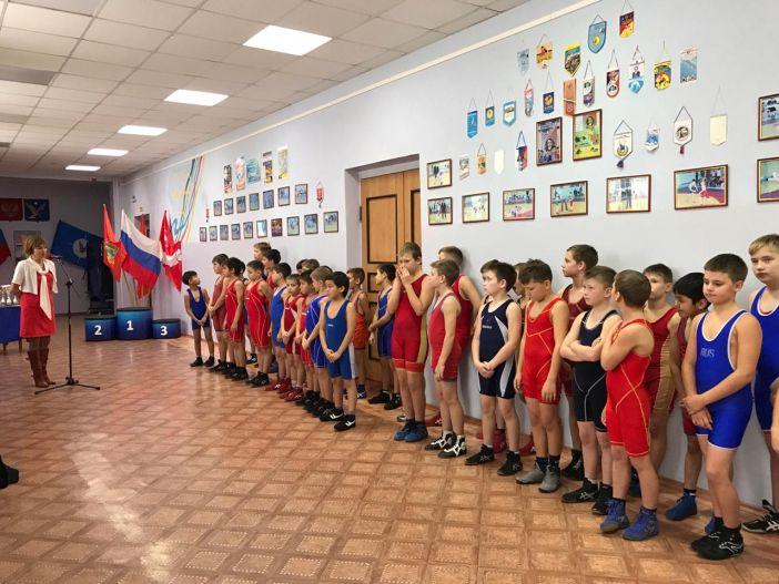 Норильчане взяли 16 золотых медалей на первенстве по спортивной борьбе