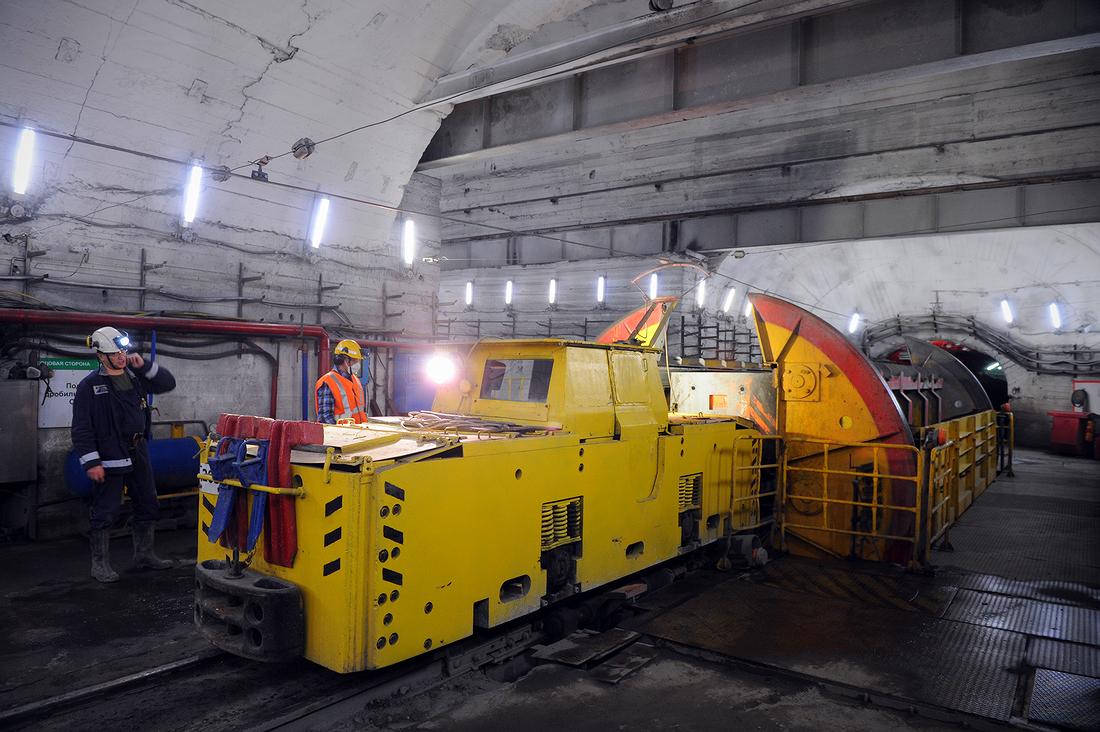 Дробильный комплекс установлен на тракте выдачи руды СС-2 «Юг» рудника «Октябрьский»