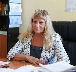 Маргарита Реброва в своем рабочем кабинете