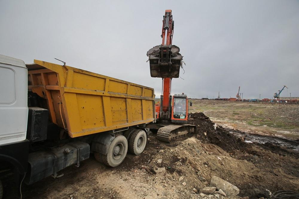 Работы по выемке грунта