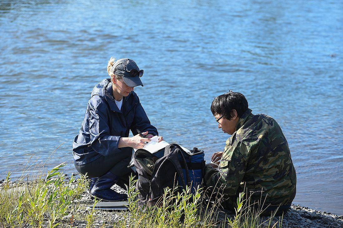 Ученые взяли пробы воды из рек Пясины и Тареи