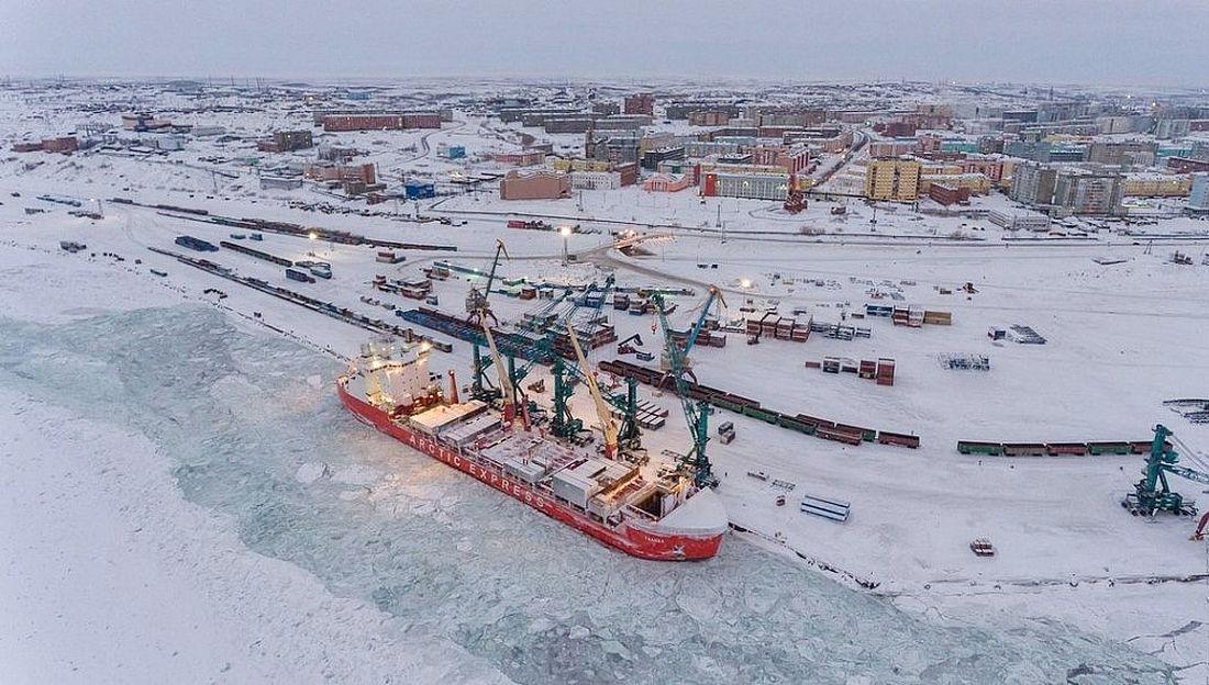 Дудинка – административный центр Таймыра и город-порт. Здесь расположен Заполярный транспортный филиал «Норникеля»