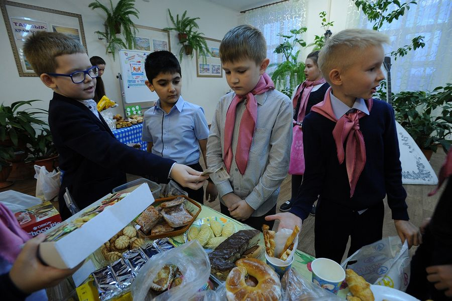 """""""Щедрый вторник"""" собрал более 100 тысяч рублей на лечение больных детей"""