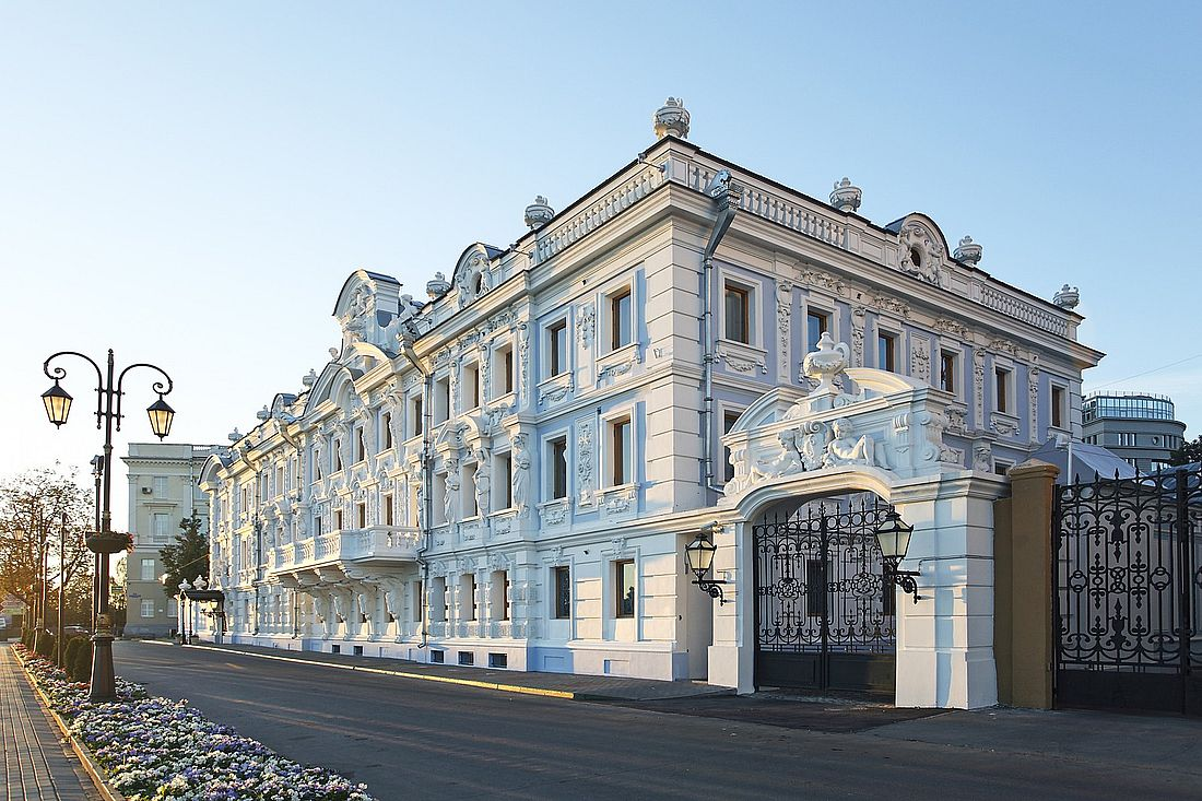 Одно из самых красивых исторических зданий Нижнего Новгорода – усадьба Рукавишниковых