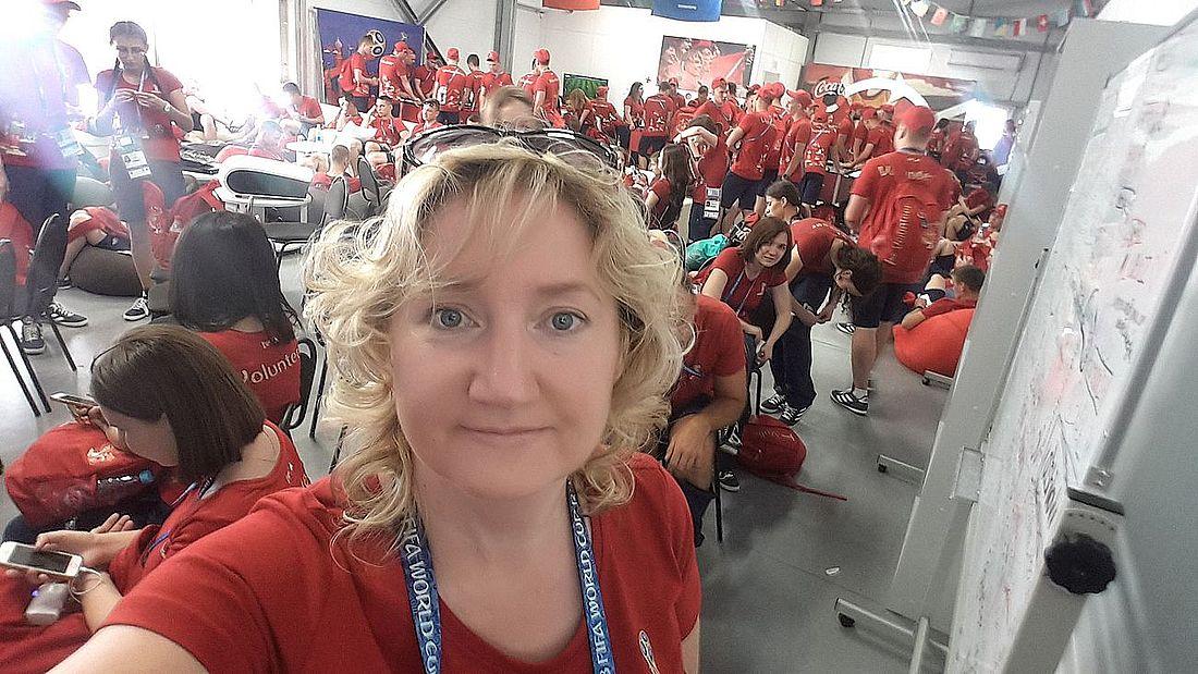 Среди волонтеров на чемпионате мира по футболу