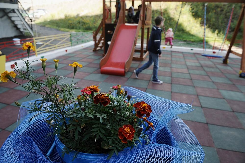 Детские площадки в Норильске будут обрабатывать антисептиком
