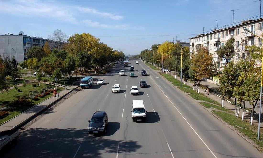 Одна из улиц постсоветского Артема