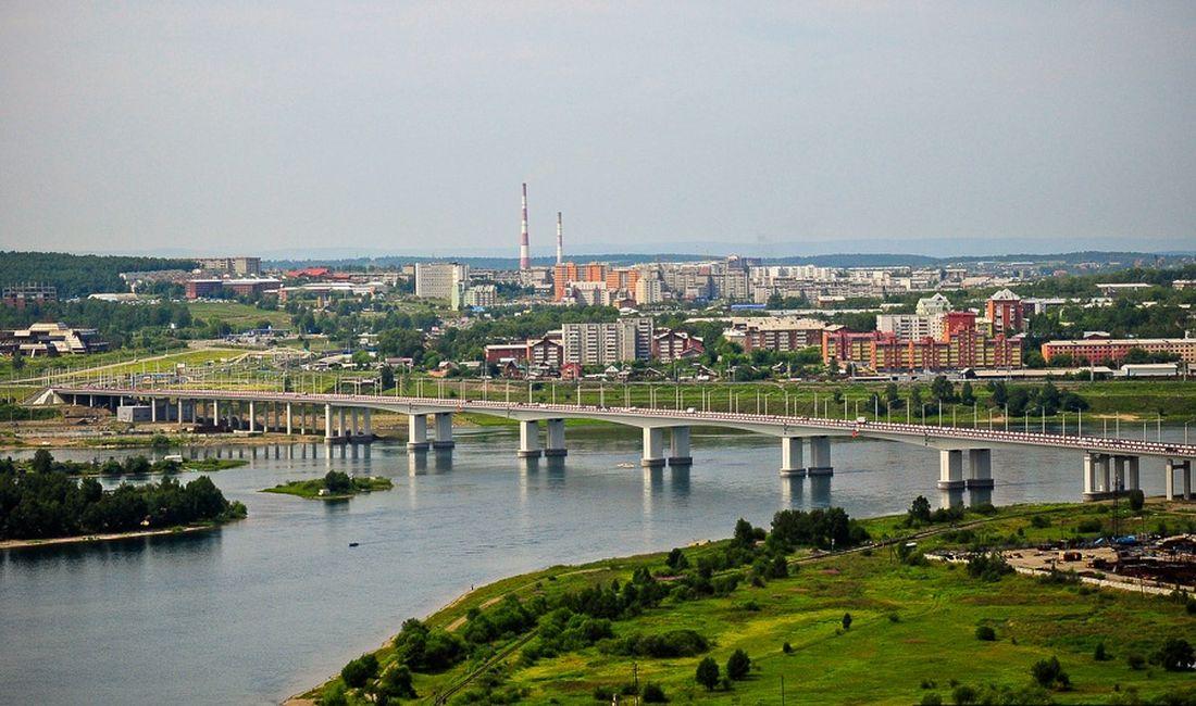 Мост через Ангару в Иркутске (Глазковский мост)
