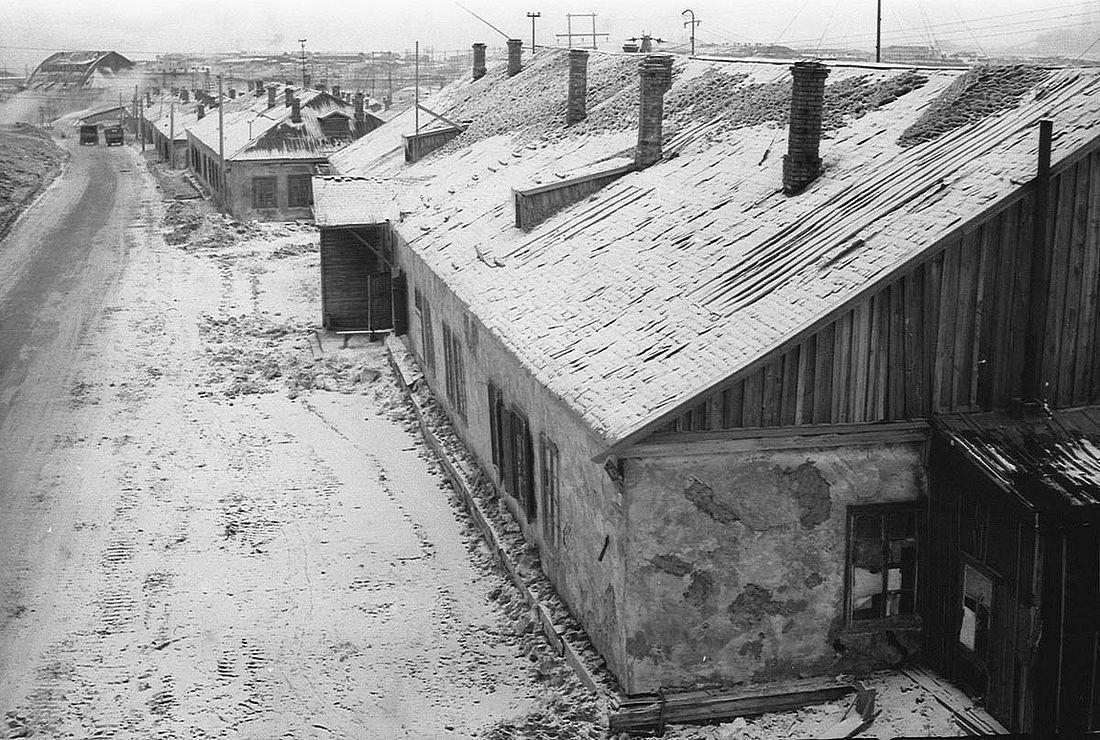 Бараки на улице Железнодорожной. Одно из лагерных отделений в Норильске времен ГУЛАГа