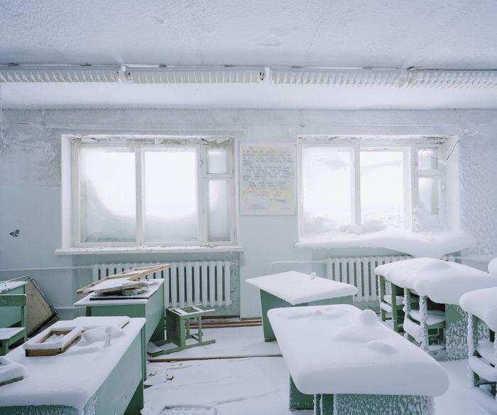 Что может быть, если в школе на Диксоне нет отопления...Фото Беата Швайцера.