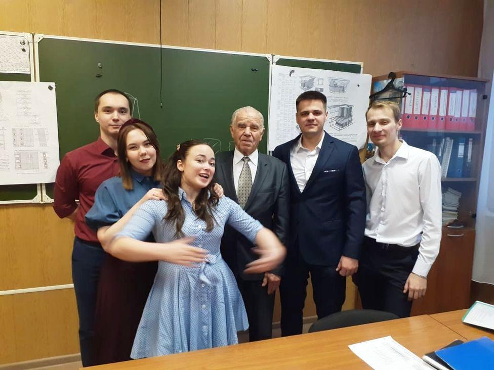 Со студентами