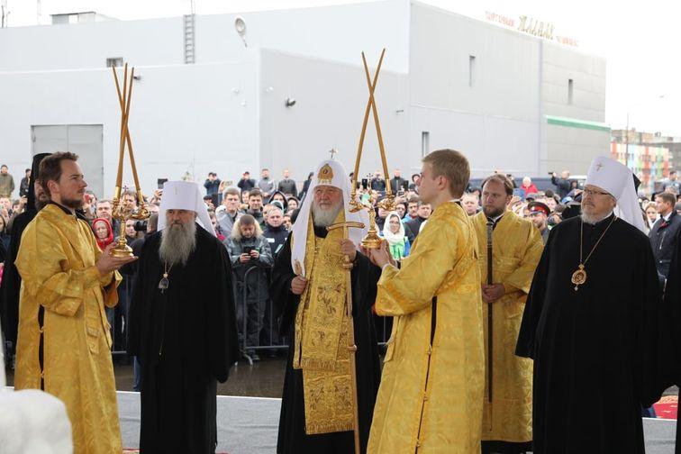 Святейший Патриарх Кирилл заложил храм Великомученицы Варвары в Талнахе