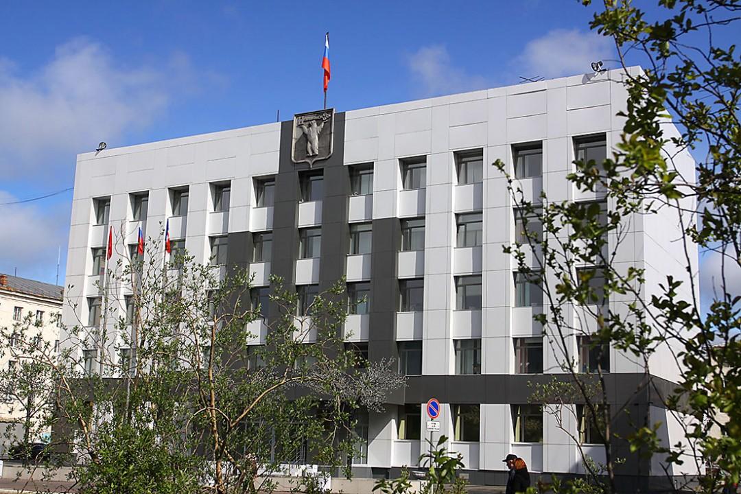 Городские власти прокомментировали ситуацию с отказом скорой приехать по вызову к норильчанке