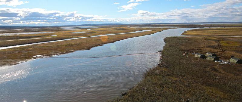 Масляное пятно через Далдыкан попало в реку Амбарную