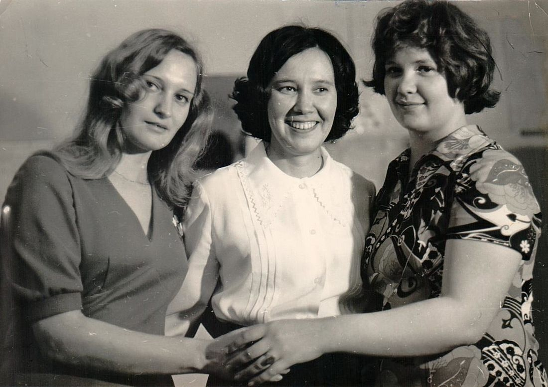 Маргарита Реброва, Татьяна Моисеева и Татьяна Кушнева. Норильск, 1975 год
