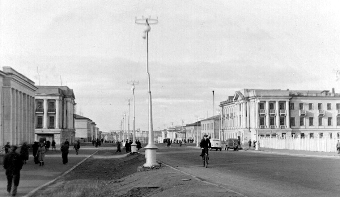 Главная улица послевоенного Норильска – Октябрьская