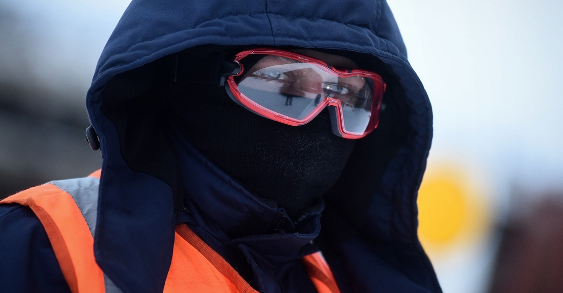 Путейцы и составители поездов «Норникеля» переодеваются в зимнюю одежду