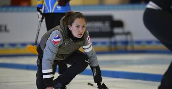 Команда Анны Сидоровой громит команду Финляндии, канадки стартуют с победы