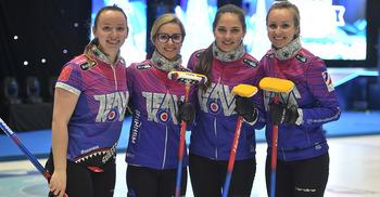 Команда Ковалевой поздравила соперниц с победой и поблагодарила организаторов за прекрасный турнир