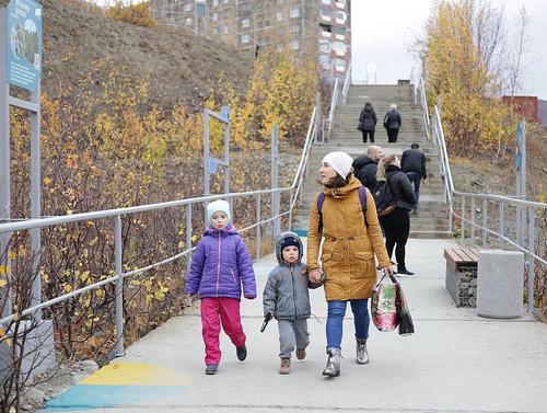Лестница к пятому микрорайону стала музеем под открытым небом