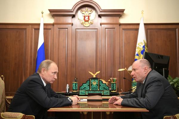 """Владимир Потанин на встрече с Владимиром Путиным: """"Средний уровень зарплаты у нас превышает 90 тысяч рублей"""""""