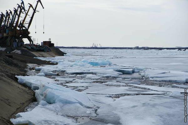 Кромка льда на Енисее приблизилась к Дудинке за последние сутки на 50 км