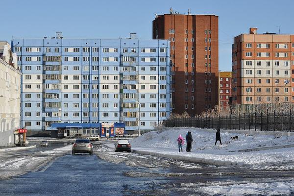 Бюджетные деньги, сэкономленные на торгах, направят на ремонт жилых домов