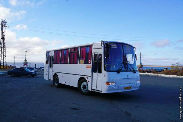 Два новых автобуса сегодня вышли на линию в Дудинке