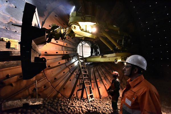 На Талнахской обогатительной фабрике завершили ремонт мельницы полусамоизмельчения
