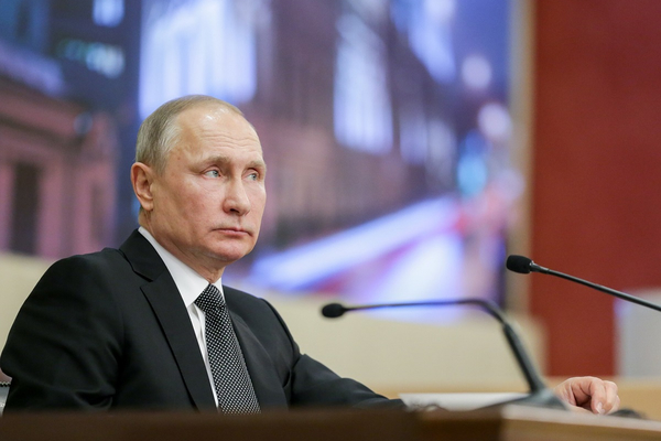 Путин поддержал идею проиндексировать пенсии работающим пенсионерам
