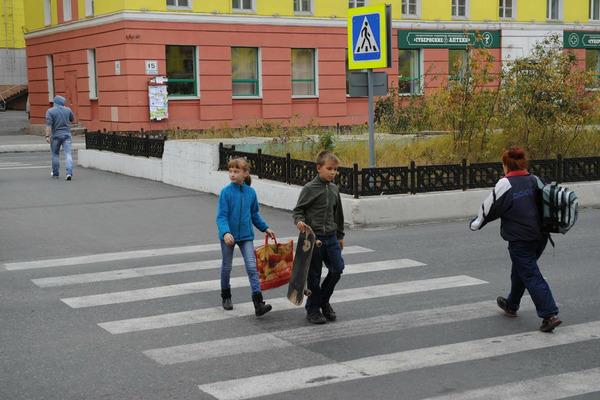 Норильских первоклассников посвятили в юные пешеходы
