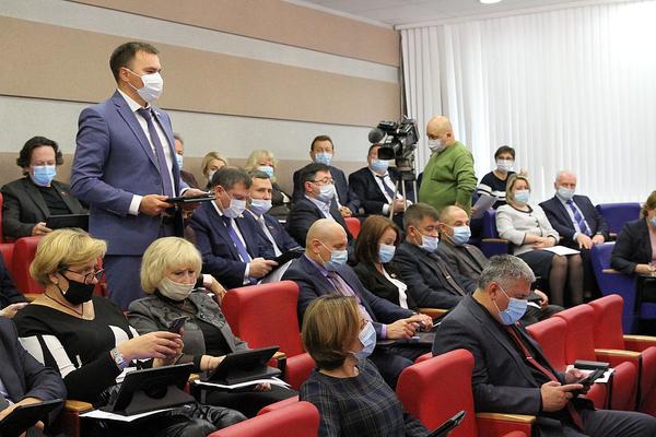 Депутатский корпус Норильска возобновил работу после каникул