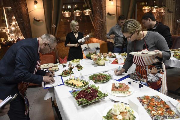 Норильские газовики приготовили 40 блюд для кулинарного конкурса