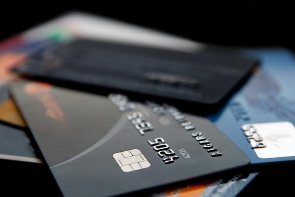 Житель Дудинки потратил с чужой карты 16 тысяч рублей