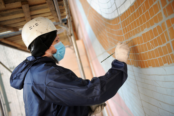 Еще одно мозаичное панно советских времен восстанавливают на Комсомольской