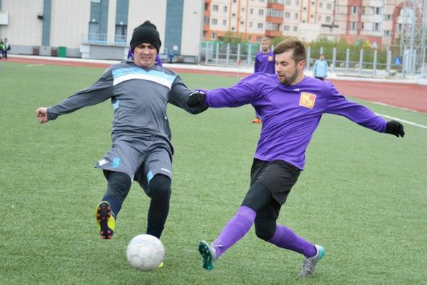 Три пары команд сыграли вничью в 16 туре чемпионата Норильска по футболу