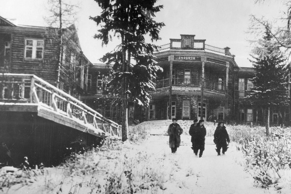 В 1944 году построили первый дом отдыха в окрестностях Норильска