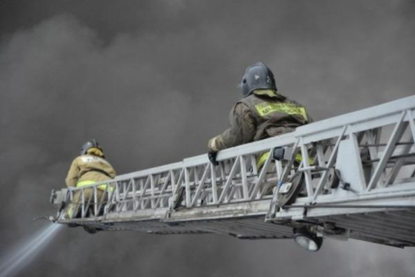 В Кайеркане пожарные спасли 19 человек