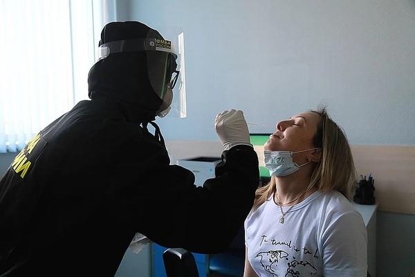 В аэропорту Красноярска можно платно сдать тест на коронавирус