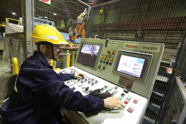 На медном заводе готовят к запуску железнодорожные весы
