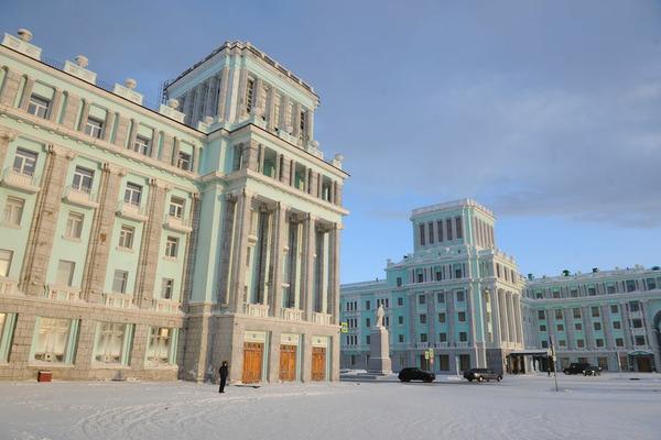Заксобрание края обратится к президенту с ходатайством о присвоении Норильску почетного звания «Город трудовой доблести»
